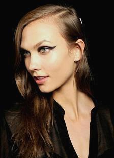 Карли Клосс - американская модель.
