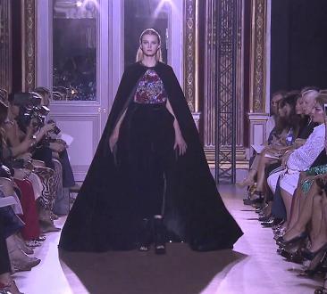 Выставка моды осень-зима от Зухаира Мурада - платья на фото.