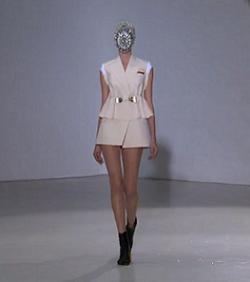 Модный стиль одежды - фото