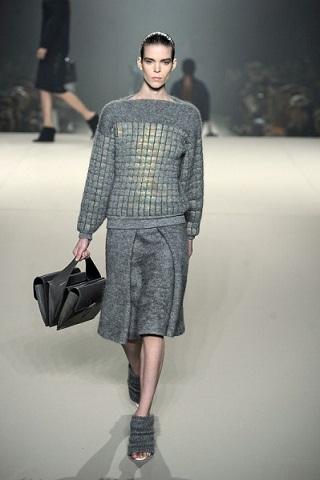 Александр Вэнг предоставил коллекцию одежды - меха