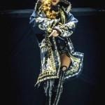 Риана отправится по миру в Givenchy