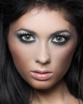 На кожен день макіяж не складно