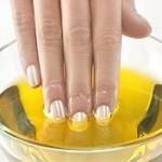 Коли нігті розшаровуються?