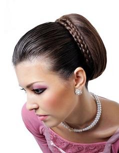 Зачіски в грецькому стилі, фото на середнє волосся