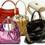 Підроблені сумки від Prada можна придбати і в Італії