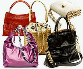 Підроблені сумки від Prada.