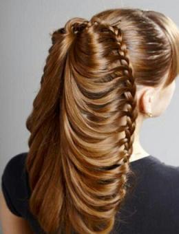 Фото зачіски з плетінням