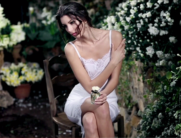 Dolce & Gabbana створили новий аромат Dolce, реклама на фото