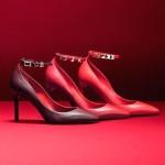Новинки розкішного взуття від Valentino