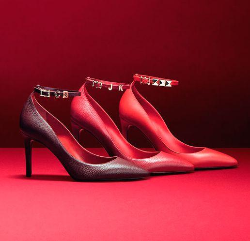 Нове взуття від Valentino.
