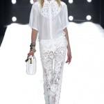Чому ми вибираємо білий колір для модного вбрання?