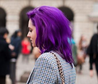 Фіолетове волосся на фото