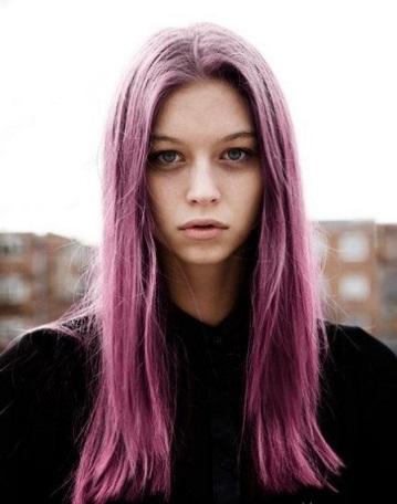 Фарбування волосся у фіолетовий колір