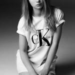 Лотті Мосс у рекламній компанії Calvin Klein