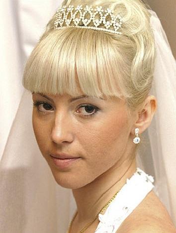 Весільні зачіски на фото