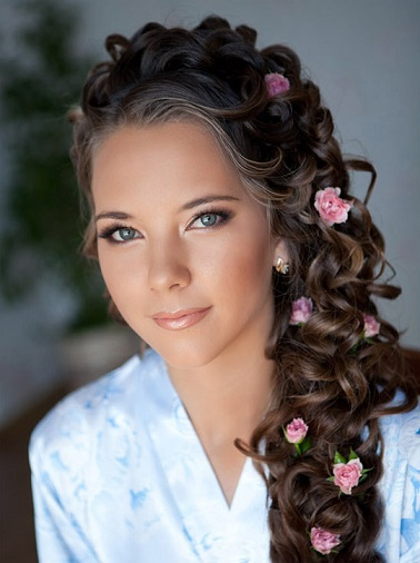 Весільні зачіски - фото з косою
