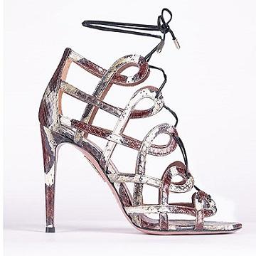 Колекція взуття Aquazzura з високими каблуками.