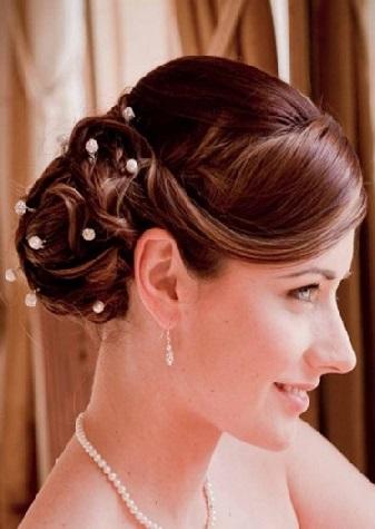 Зачіска для дружки на яскравих фото