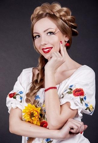 Зачіски в українському стилі - фото.