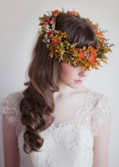 Українська зачіска із вінком - фото.