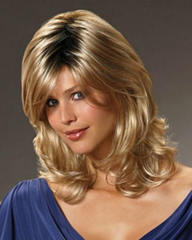 Красиві зачіски на середнє волосся на фотографії.
