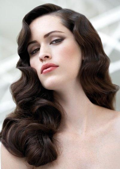 Фото красивих зачісок для довгого волосся.