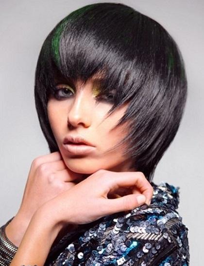 Яку стрижку можна придати волоссю середньої довжини?