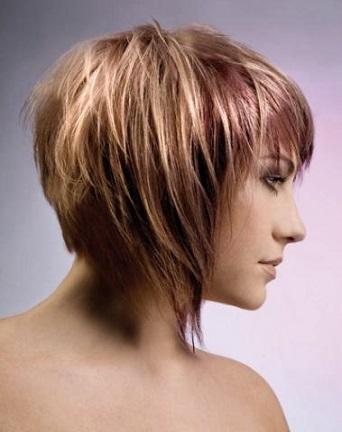 Для середнього волосся світлини стильних стрижок
