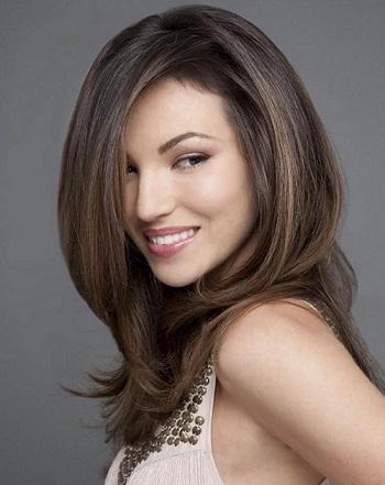 Для довгого волосся стильні зачіски на фото