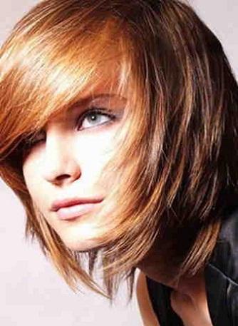 Яку зачіску в гарному стилі можна створити на довгому волоссі?