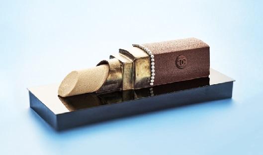 Торт Chanel від Карла Лагерфельда.