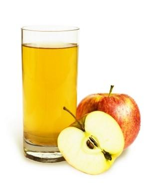 Яблучний сік і його користь для малюка.