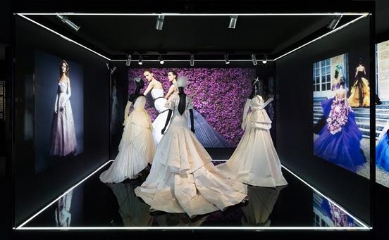 Осінньо-зимова виставка Esprit Dior - фото.