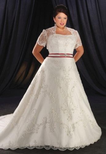 Мереживні весільні сукні для повних дівчат - фото