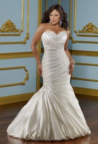 Весільна сукня русалка для повної статури - фото