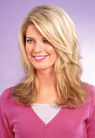 Фото гарних і простих зачісок.