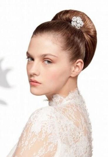 фото простих зачісок для короткого волосся