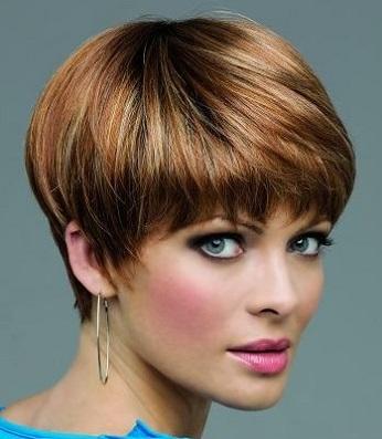 На коротке волосся сучасні зачіски