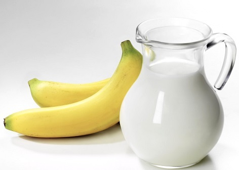 Банан з молоком - народний засіб від кашлю