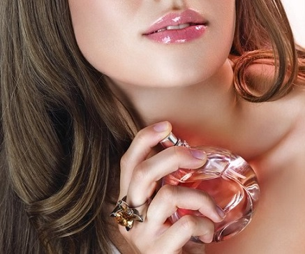 Як правильно наносити парфуми?