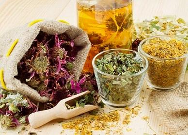 При артриті допоможуть рецепти лікарських трав і прянощів