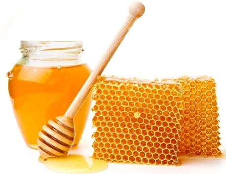 Якщо шишки після уколів - лікування медом.